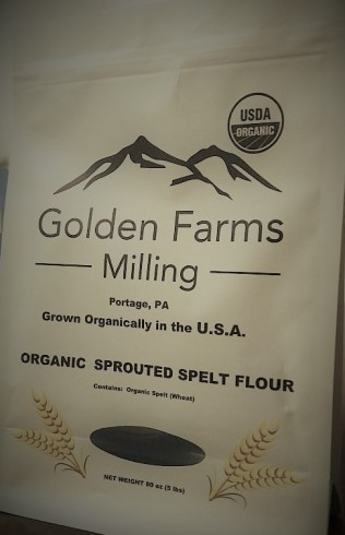 Golden spelts flour